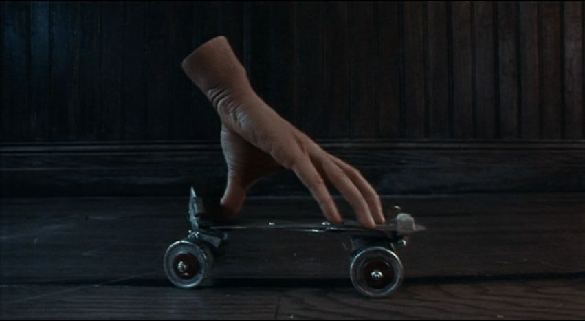 [Jeu] Suite d'images !  - Page 6 Thing_rollerskate